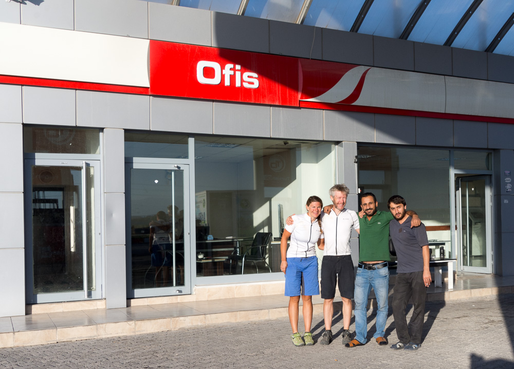 Saying bye to our new Kurdish friends who hosted us in their petrol station